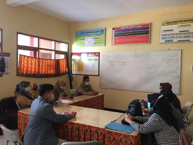 Dokumentasi Pertemuan antara Mahasiswa Kampus Mengajar dan DPL dengan Pihak SD Pangkalan Kota Bandung - dokpri