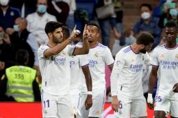 Pemain Real Madrid merayakan gol ke gawang RCD Mallorca. (via remonews.com)