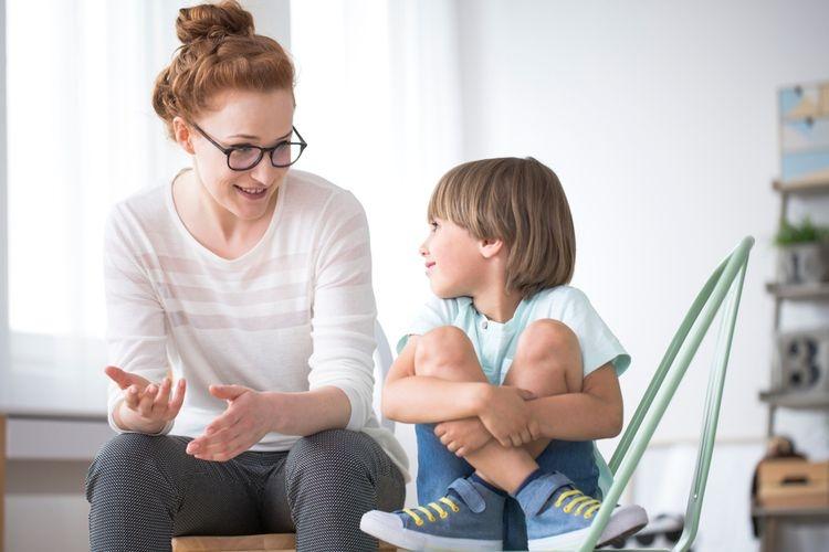 Ilustrasi ucapan oranngtua akan berdampak pada jalan pikir anak.  Sumber: Shutterstock via Kompas.com
