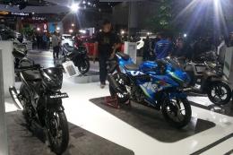 Booth Suzuki Indomobil Sales (SIS) divisi roda dua di pameran Indonesia International Motor Show (IIMS) 2018 (Kompas.com/Alsadad Rudi)