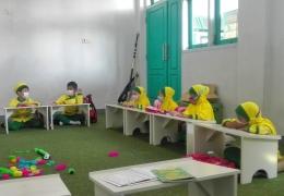 Sudah saatnya para orangtua menyadari bahwa Kelompok Belajar, PAUD dan Taman Kanak-kanak bukan tempat penitipan anak (Dokumentasi pribadi)