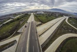 Jalan Tol   Sumber : economy.okezone.com