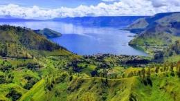 Danau Toba (Sumber: desdm.sumutprov.go.id)