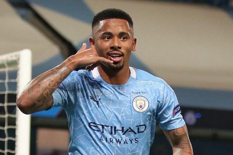 Penyerang Manchester City, Gabriel Jesus melakukan selebrasi setelah berhasil membobol gawang Chelsea di menit ke-53 (sumber : kompas.com)