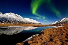 Islandia (sumber: vlagementurismo.abril.com.br)