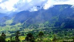 Pemandangan dari atas Menara Pandang Tele (Dokumentasi pribadi)