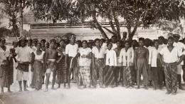 Orang-orang Jawa yang menjadi koeli kontrak di Guyana Belanda (Suriname). Foto: Wikipedia Commons