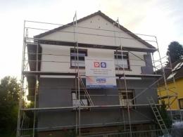 Rumah kami dilapisi gabus atau Styropor untuk menghemat energi pemanas ruangan. Foto von iin.
