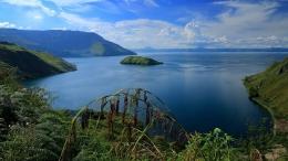 danau Toba dari Samosir PL 05 SIGIT