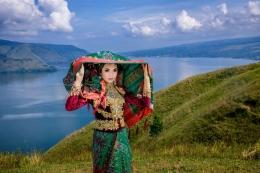 Danau Toba (sumber gambar:kemenparekraf.go.id/(Shutterstock/Zulfikri Sasma)