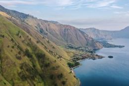 Danau Toba, Pulau Samosir (sumber gambar:kemenparekraf.go.id)