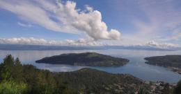 Pulau Sibandang Sumber : Disini