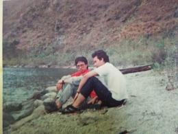 Suasana di pinggiran danau Toba di akhir tahun 80 an dengan dominasi resumputan