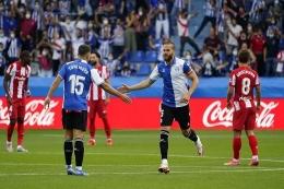 Deportivo Alaves akhirnya kembali meraih kemenangan atas Atletico Madrid setelah delapan belas tahun. Foto: Antara/Reuters/Vincent West