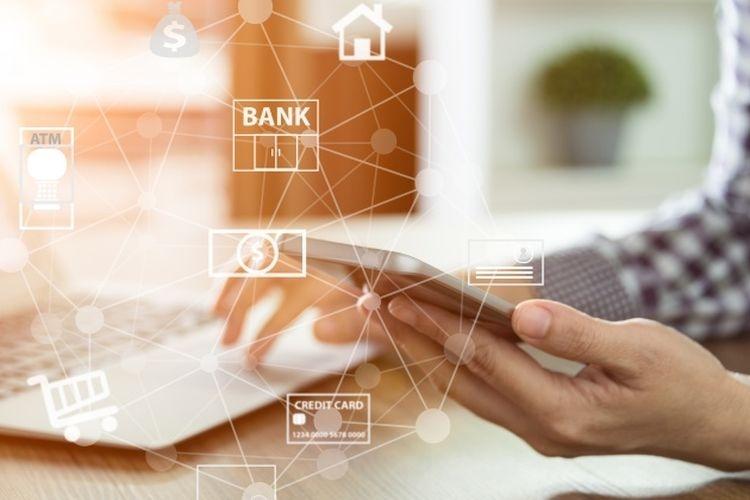 Ilustrasi layanan internet dan mobile banking. (Dok. Shutterstock via kompas.com)