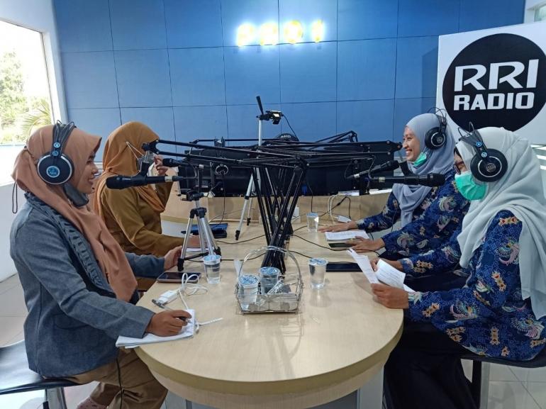 Dialog Ruang Pustaka RRI Sungailiat Senin (27/9) (dok RRI)