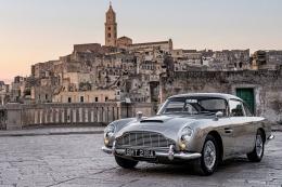 Aston Martin DB5, tunggangan James Bond di No Time to Die. Sumber: www.jamesbondlifestyle.com