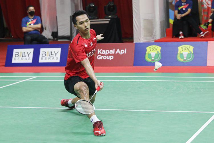 Jonatan Christie harus kalah dari tunggal putra Kanada, Brian Yang dalam laga di Piala Sudirman 2021 (Foto Badminton Indonesia via Kompas.com).