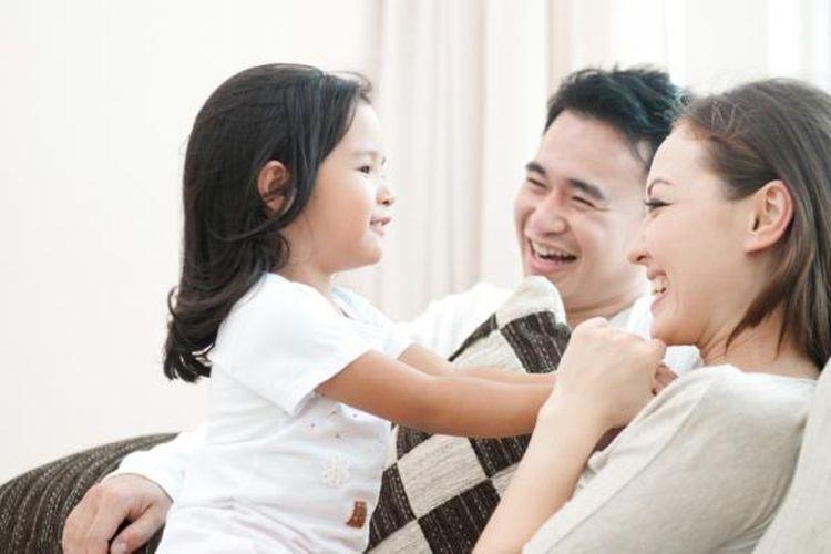 ilustrasi Keharmonisan Keluarga. (sumber: Shutterstock via kompas.com)