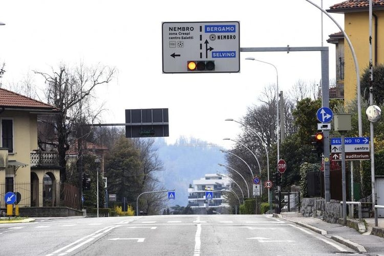 Kondisi lalu lintas di Italia | Sumber: PA-EFE/STEFANO CAVICCHI(STEFANO CAVICCHI)