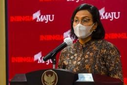 Menteri Keuangan Indonesia Sri Mulyani Indrawati menyatakan pemulihan ekonomi Indonesia sudah cukup baik pada tahun 2021.   Sumber: Humas Setkab via Antara