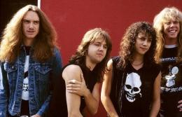 Metallica saat bassis Cliff Burton masih ada. (tanakamusic.com)
