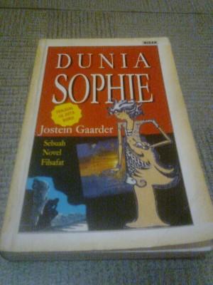 Buku dunia sophie cetakan lama