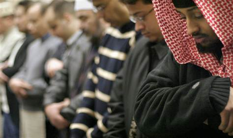 http://media4.s-nbcnews.com/j/msnbc/Components/Photos/040201/muslim_voters/040201_muslimvote_prayer2.grid-6x2.jpg
