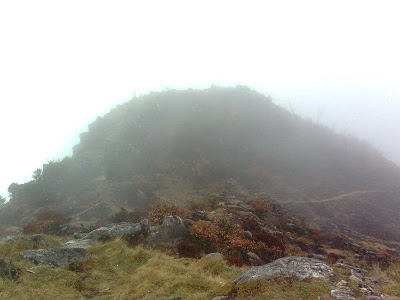 Pemandangan dari pos 10, puncak tertinggi Bawakaraeng
