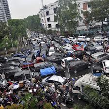 Kemacetan di salah satu sudut kota Bandung (foto: © Fanny Octavianus/Ant)
