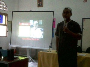 Belajar Publik Speaking dari Guru Hebat di SDIT AL Ikhlas Pondok Melati Bekasi