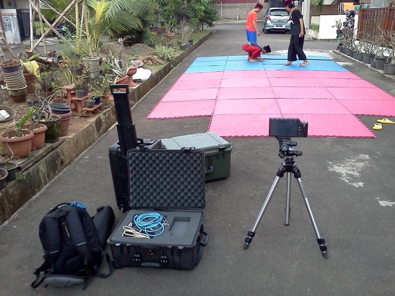 Persiapan syuting menggunakan kamera High Speed Video jam 12 siang