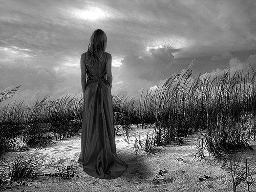 alone-alone-alone.blogspot.com