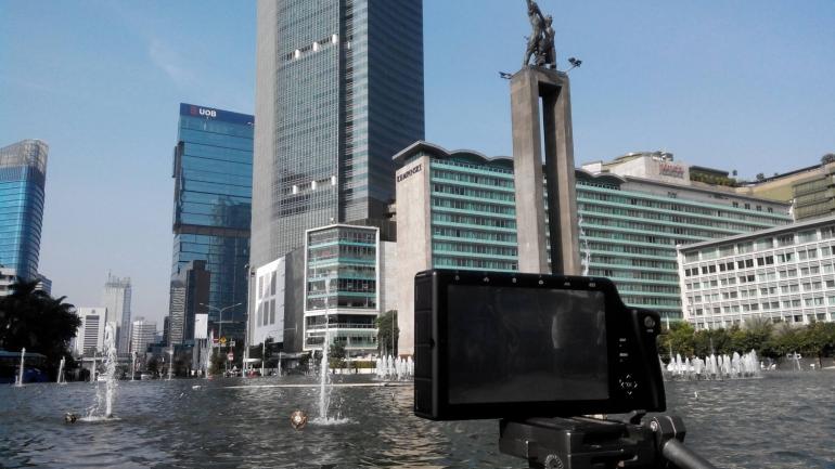 Kamera sudah siap untuk mengambil gambar air mancur