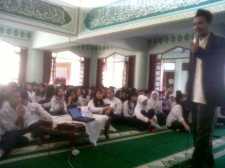 Kebangkitan Pemuda Islam oleh ustadz Hasanudin