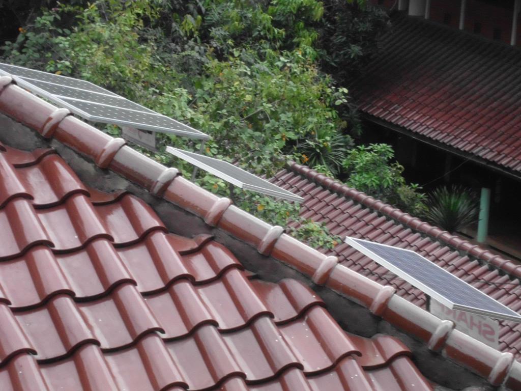 Solar Panel di atap Departermen Teknik Kimia