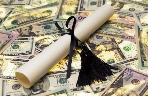 Disorientasi Perguruan Tinggi Melahirkan Industri Pendidikan