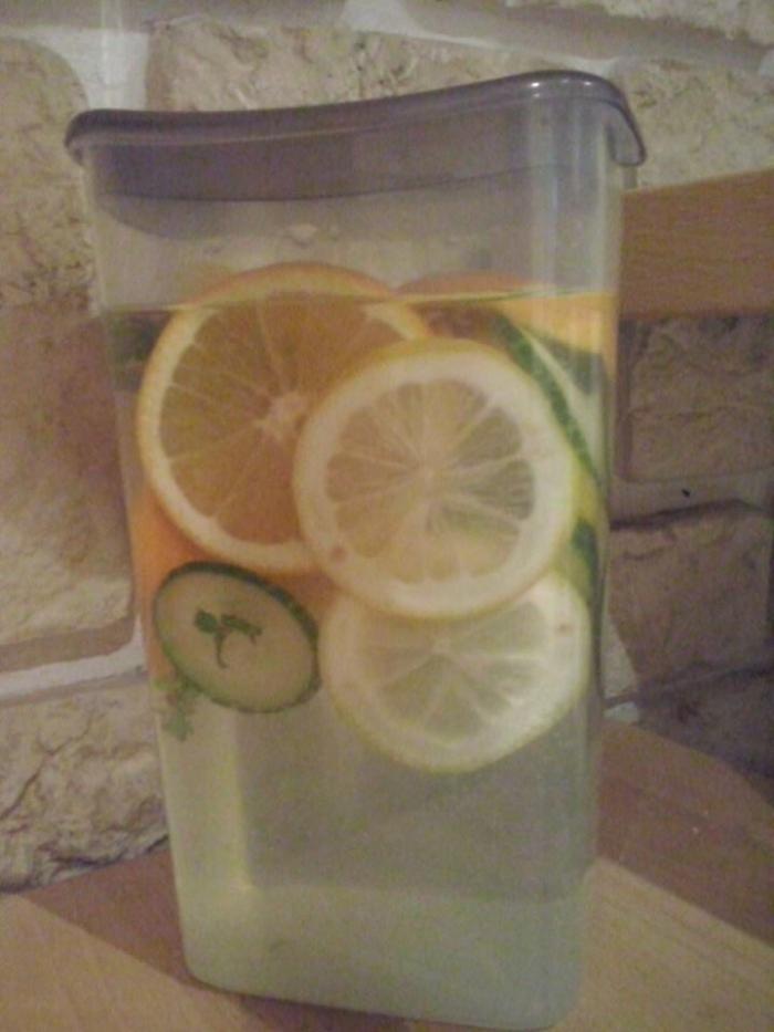 Manfaat Detox Lemon