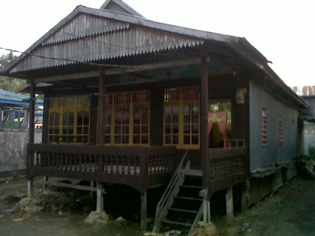 Kearifan Lokal 07 Sekilas Filosofi Rumah Panggung Halaman
