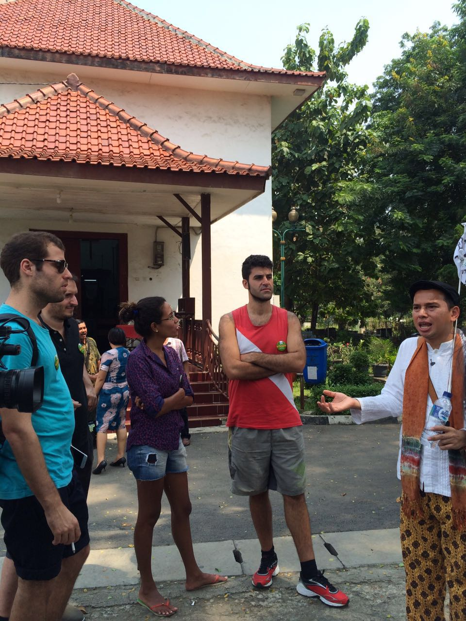 Wisata Jakarta Ada Jejak Portugis Di Kampung Tugu Oleh Sutiono