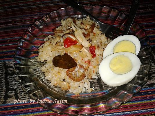 Nasi Pecel Makanan Khas Indonesia