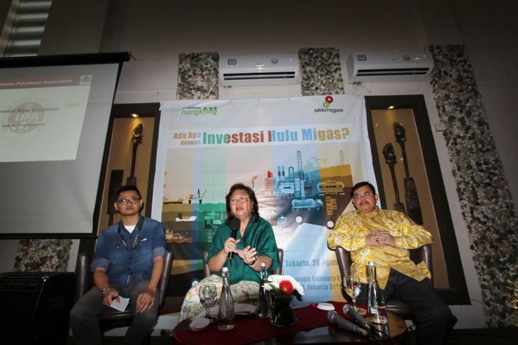 Marjolijn Elisabeth Wajong atau sering disapa Meity, Direktur Eksekutif Indonesian Petroleum Association (IPA) sedang memberi pemaparan kepada para kompasioner pada kesempatan Kompasiana Nangkring bersama SKK Migas di Jakarta, 26 Agustus 2016.