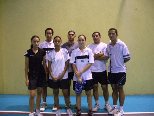 Tim nasional bulutangkis Fiji (sumber foto: http://websites.sportstg.com)
