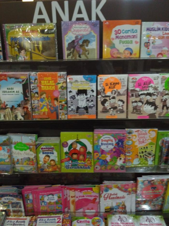 buku-buku anak | sumber: dokumentasi pribadi