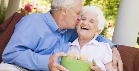Mempertahankan rumah tangga kala perasaan cinta semakin menipis (foto: For Your Marriage)