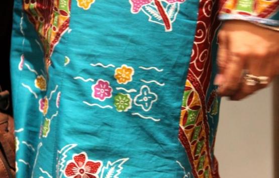 Batik Etnik Tangsel motif Bendungan Gintung. (Foto: Gapey Sandy)