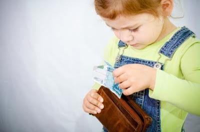 Apa yang menyebabkan anak berani mencuri? (foto: Gudpost.com)
