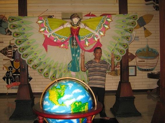 Museum Layang Layang Melayang Ke Masa Silam Oleh Irvan Sjafari