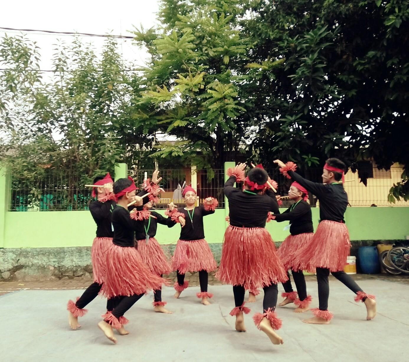 Tarian dari Papua| Dokumentasi pribadi
