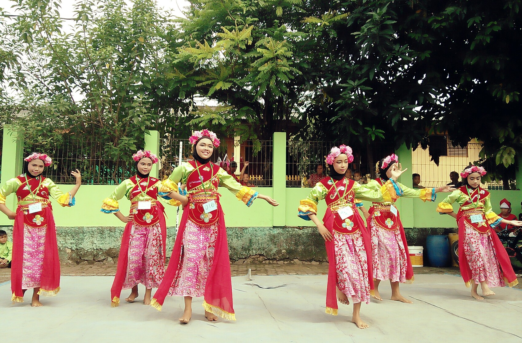 Tarian Jawa barat| Dokumentasi pribadi